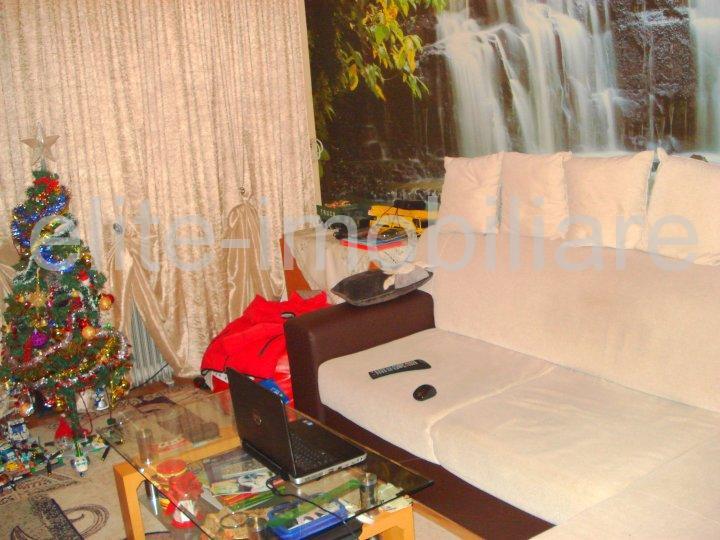 Centru - Apartament cu 2 camere decomandate confort 1 - Constanta