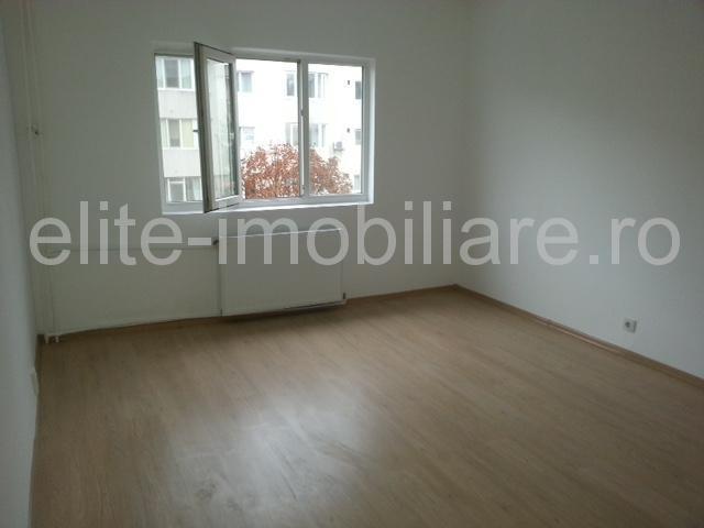 Far - Apartament decomandat cu 3 camere - Constanta
