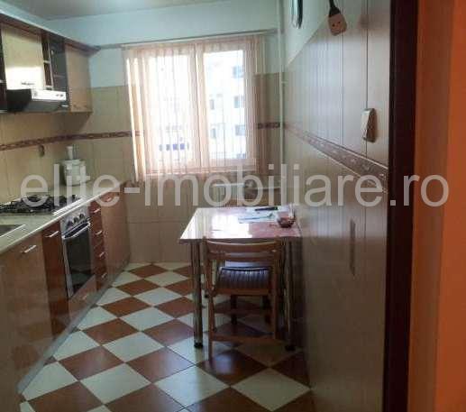 KM 4-5 - Apartament decomandat cu 3 camere - Constanta