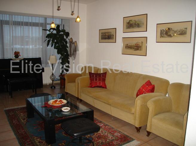 Ultracentral / Piata Romana  - Apartament cu 3 camere - Bucuresti