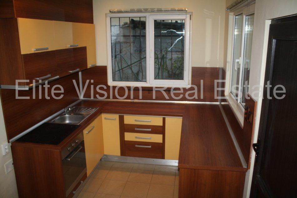 Piata Ovidiu - Vanzare apartament cu 3 camere confort 0 - Constanta