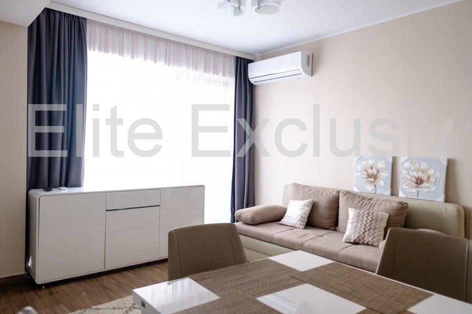 Statiunea Mamaia - Apartament de lux cu 2 camere pe malul lacului .