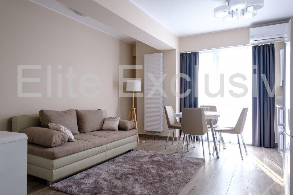 Statiunea Mamaia - Apartament de lux cu 2 camere cu vedere la lac.