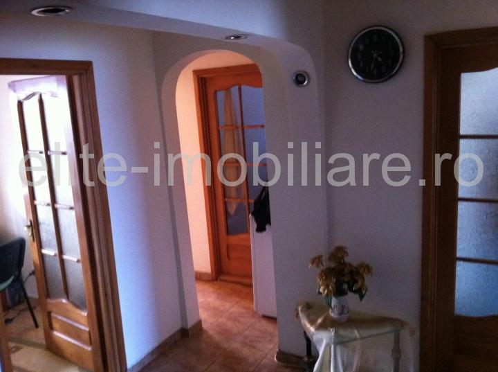 Inel 1 - Apartament cu 3 camere decomandate - Constanta